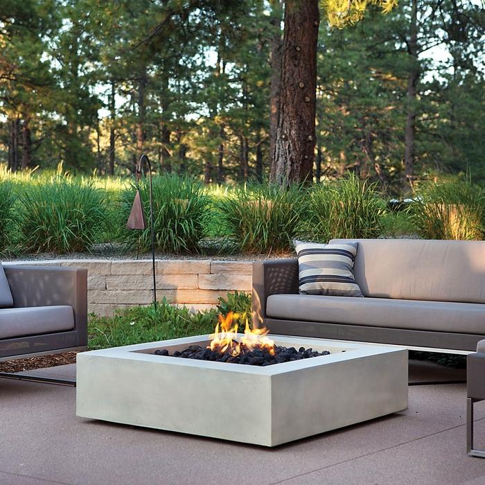 mezzo square propane fire table